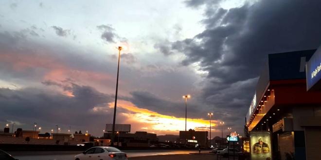 صورة أمطار رعدية على نجران حتى الـ10 مساءً