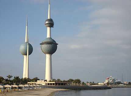 صورة الكويت تفتح المطاعم والمقاهي وفق ضوابط محددة