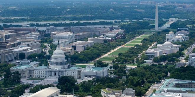 صورة واشنطن بوست: ضباط شاركوا باقتحام الكونجرس