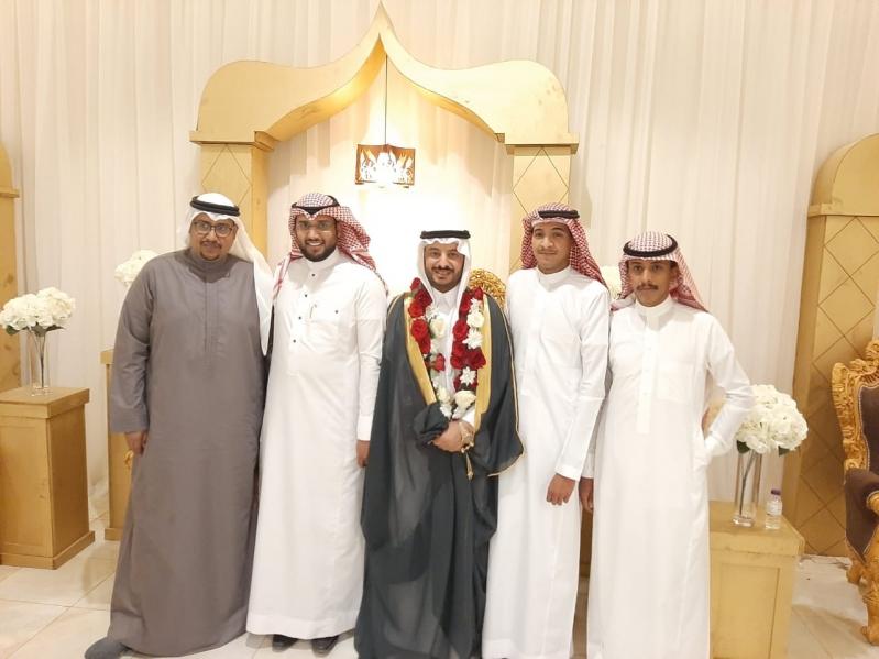 فيصل زكري يحتفل بزواجه في جازان