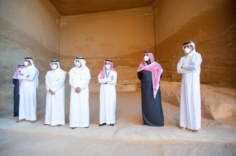 محمد بن سلمان يصطحب أمير قطر في جولة على المواقع الأثرية في العلا 4