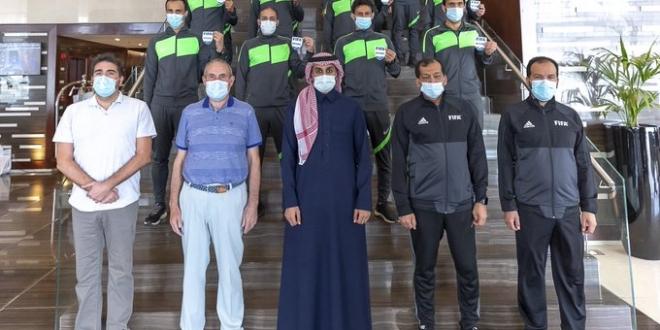 """صورة """"الحكام"""" تعطي الشارة الدولية لـ7 حكام ساحة و 9 مساعدين"""