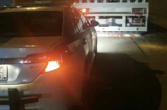 القبض على قائد شاحنة قاد بشكل غير طبيعي على طريق المدينة السريع