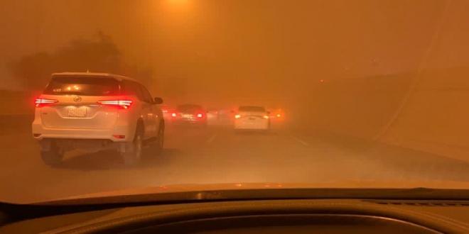 صورة رياح وأتربة على الرياض حتى الواحدة صباحًا