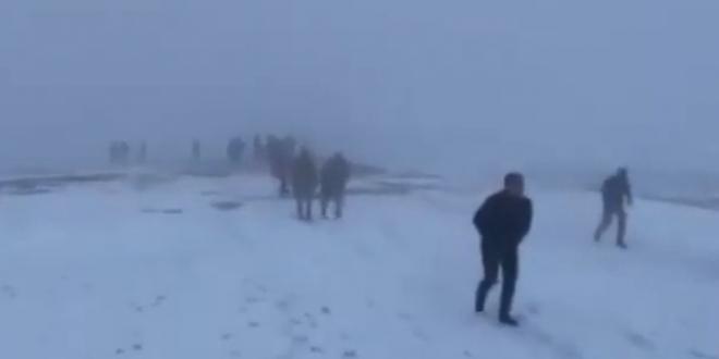 صورة بالفيديو.. مقتل 11 جنديًا تركيًا بينهم قائد الفيلق الثامن في تحطم مروحية