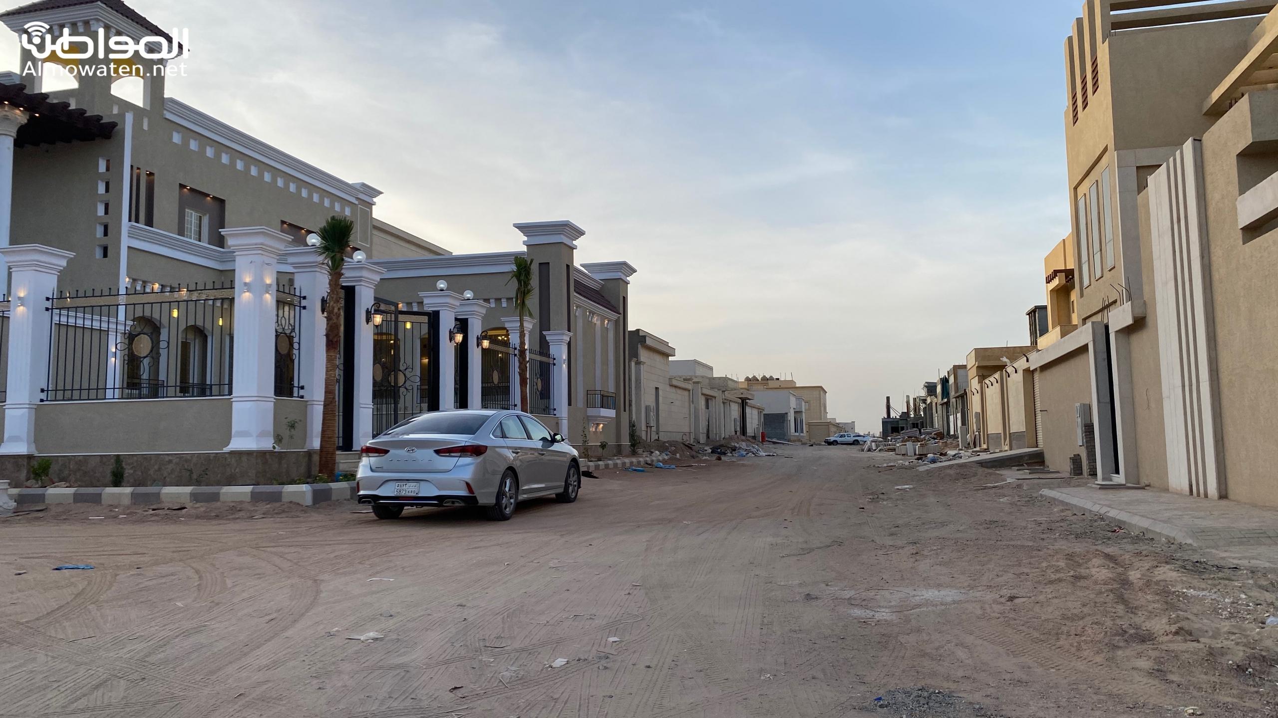 سكان حي المصيف بحفر الباطن يشكون نقص الخدمات
