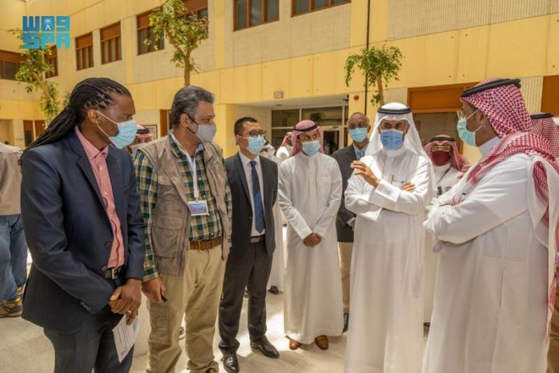وزير الصناعة يطلع على سير أعمال مبادرات هيئة المساحة الجيولوجية الثمانية - المواطن